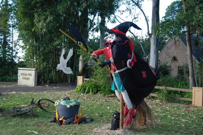 Award Best Creative - Mt Tamborine Scarecrow Festival