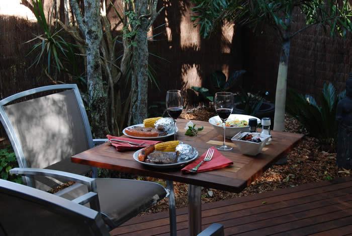 Scrumptious BBQ Dinner Hamper in private courtyard