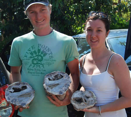Happy Guests with their thunder egg