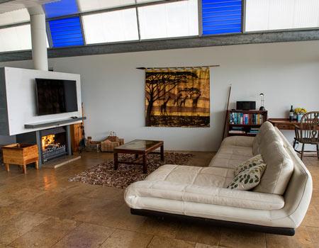 SKY House Spacious and Comfortable Lounge Room