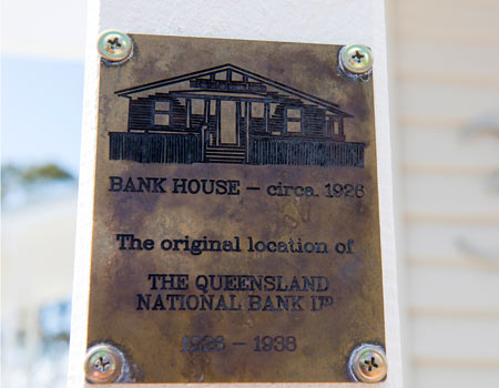 450-Historical-Sign-Exterior-Front-Bank-House